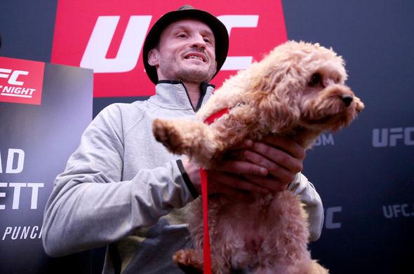 UFC-Brad-Pickett-dog-Bonnie-864697.jpg